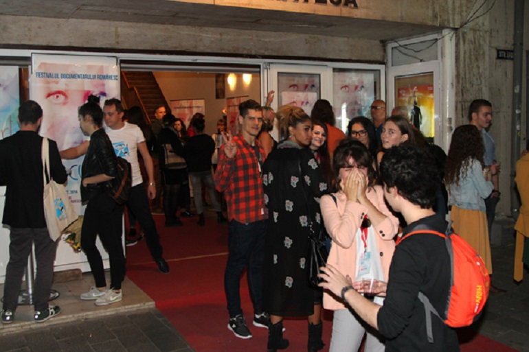 docuartfest2016_gala-de-premiere-1