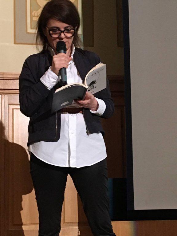 Svetlana Cârstean, îngrijitoarea colecţiei
