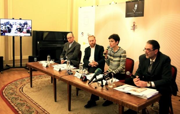 Dan Dediu, compozitor, Erwin Simsensohn, secretar de stat în cadrul Ministerului Culturii, Oana Marinescu, director de comunicare al Festivalului Enescu, Mihai Constantinescu, director executiv al Festivalului Enescu.