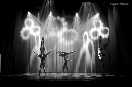 """Moment din baletul """"Enesciana"""", surprins la repetiții de fotograful Adrian Mergiani"""